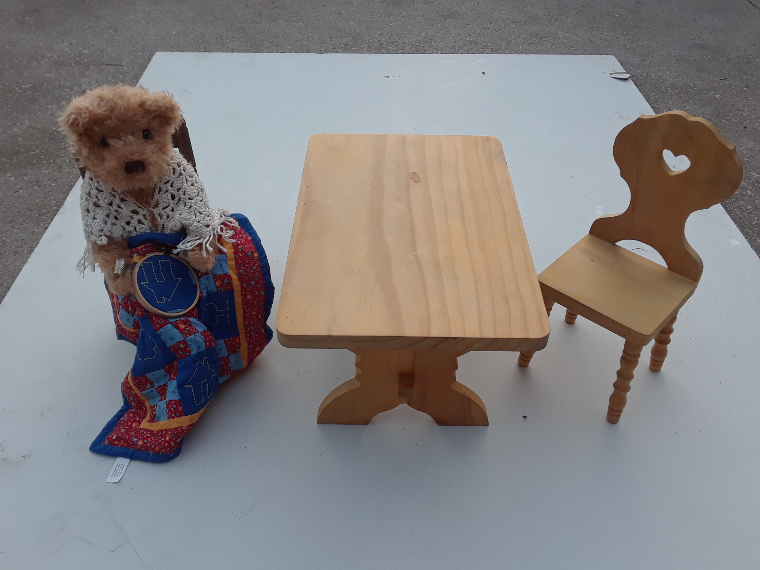 Quilt Bear Table Set Toy Set